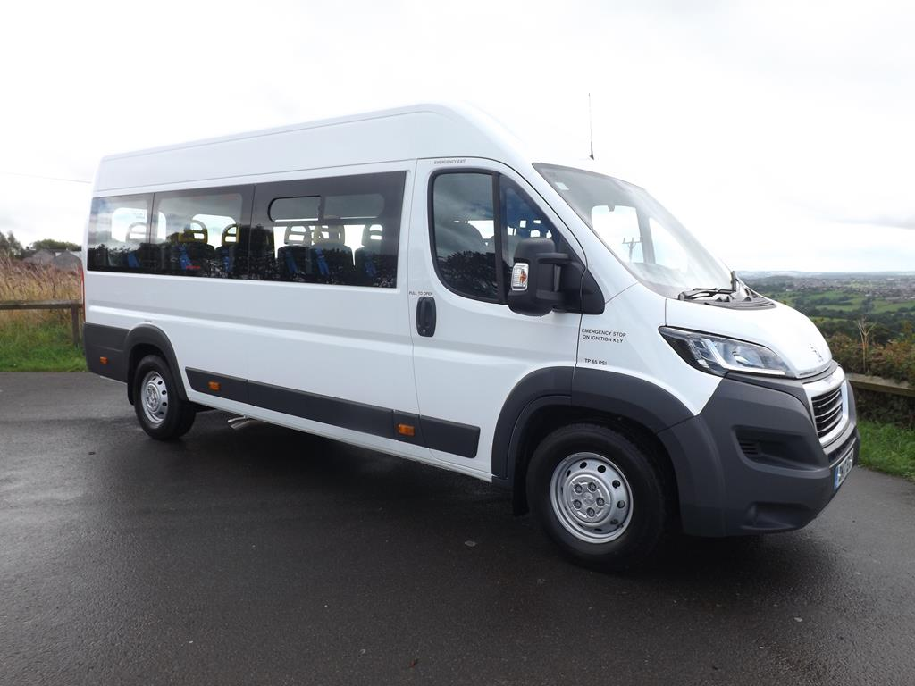 new iva approved candrive maxi 17 seat fiat ducato minibus with reverse parking sensors. Black Bedroom Furniture Sets. Home Design Ideas
