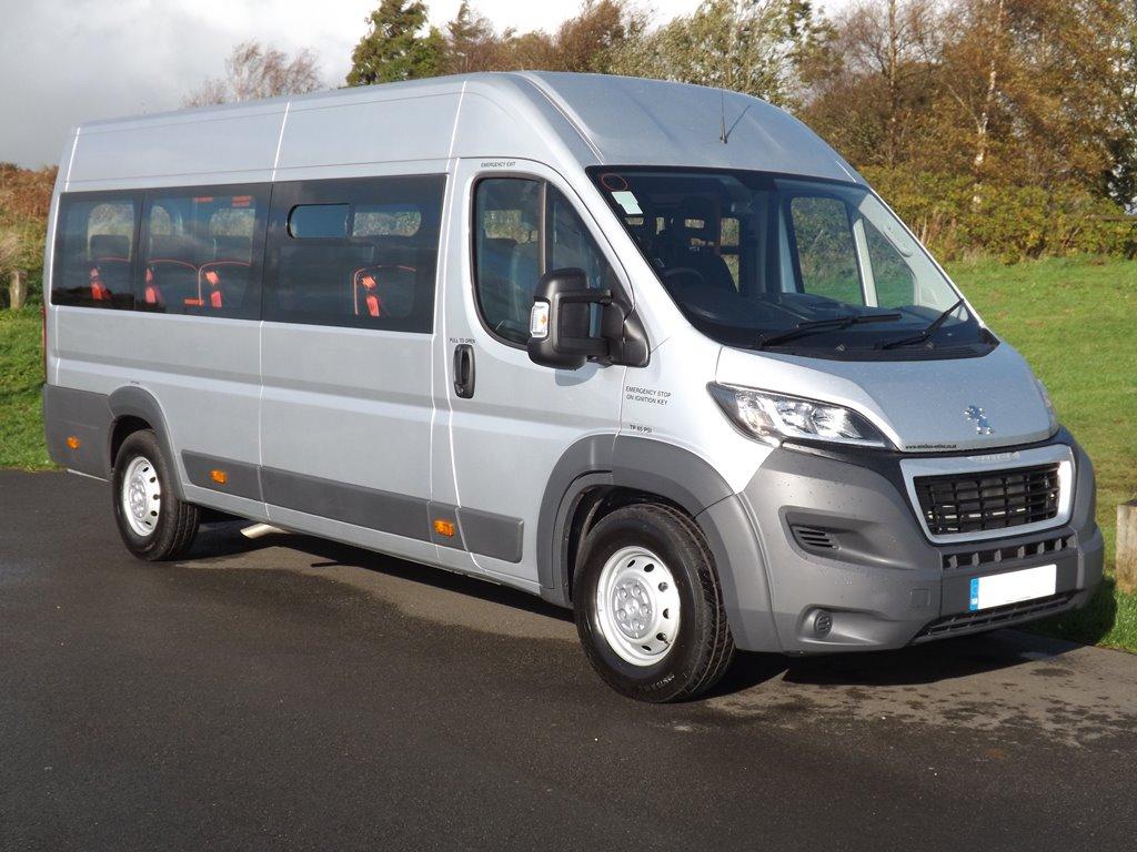 7f925db8f8 ... Minibus Peugeot Boxer Wheelchair Accessible School Minibuses Copy ...