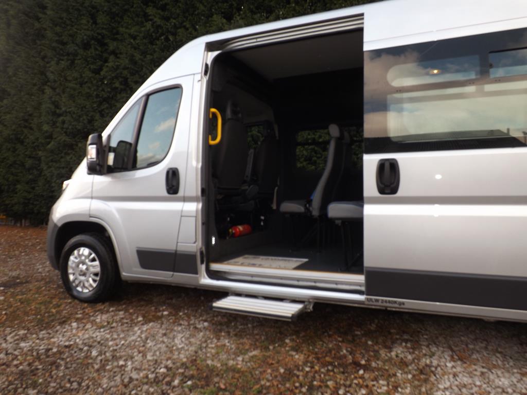 new 17 seat candrive flexi peugeot boxer minibus with reverse parking sensors for sale. Black Bedroom Furniture Sets. Home Design Ideas