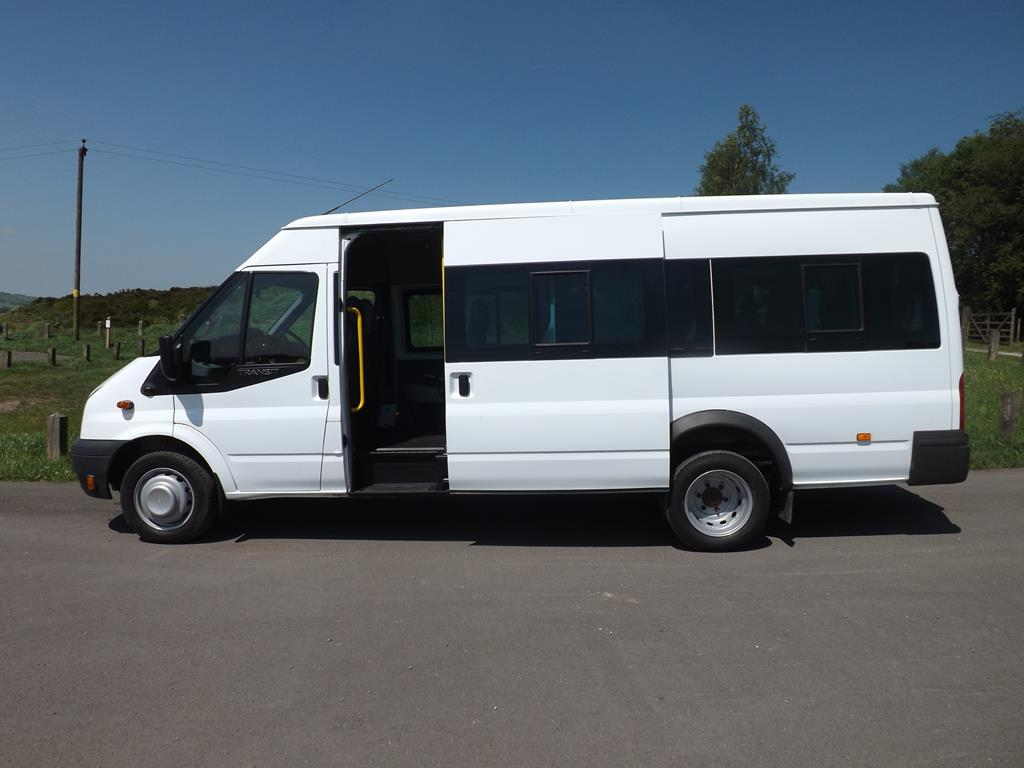 2d8e3f8e74 2014 Ford Transit 17 Seat 6 Speed White Minibus Tachograph COIF PSV MOT